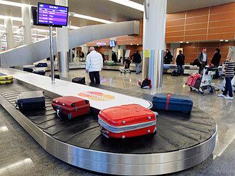 <center><b>Рейтинг самых необычных вещей в багаже</center></b>