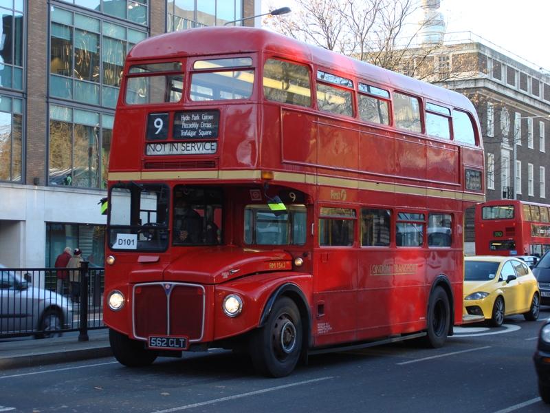 <center><b>Что британцы забывают в транспорте? </center></b>