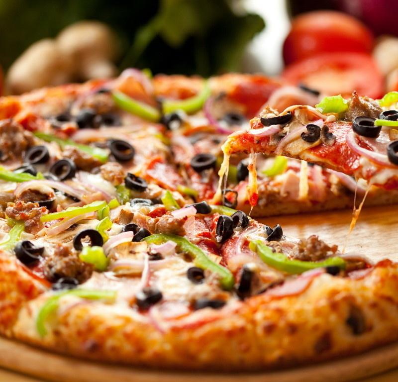 <center><b>В Штатах в продажу поступила пицца в пицце</center></b>