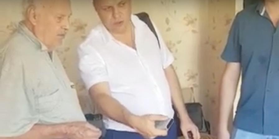 Депутат разрешил жителю Сочи смотреть только «Россию»