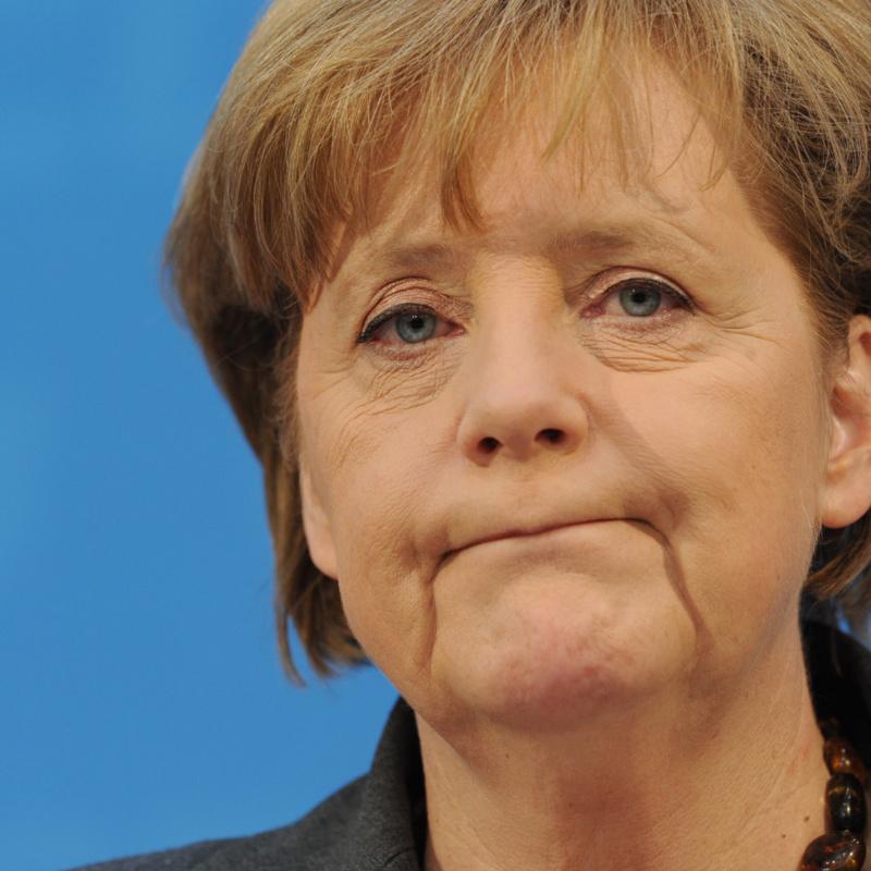 <center><b>Ангела Меркель задолжала собственной партии</center></b>