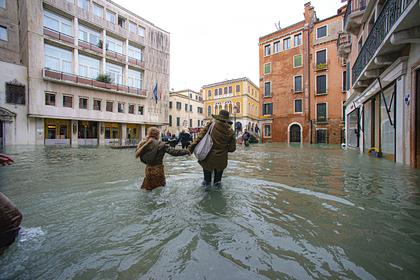 Россияне скинулись на спасение Венеции