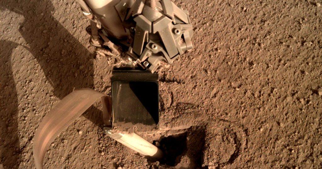 Посадочный аппарат на Марсе побил сам себя