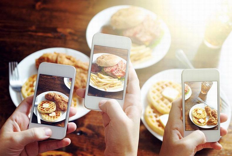 <center><b>Корейцы создали приложение для съемок еды</center></b>