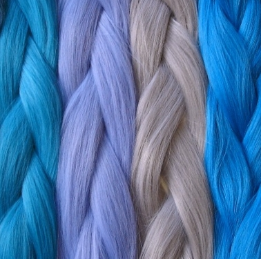 <center><b>Женщины красят волосы в цвет джинсов</center></b>